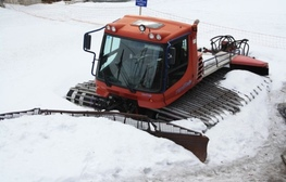 Instructing for drivers and mechanics for snow groomers «PistenBully»